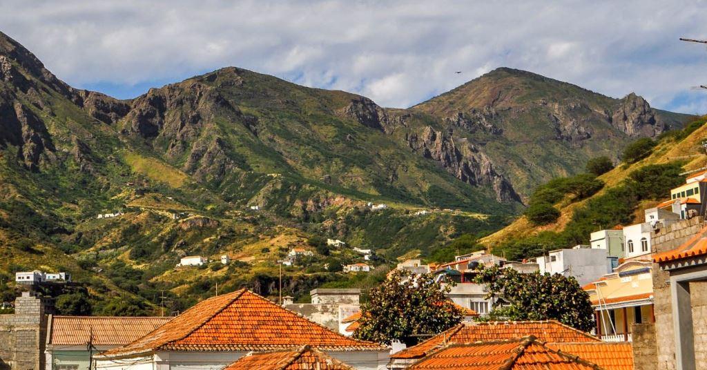 Jour 3 à 8: Sal - Sao Nicolau (148 KM - environ 45 minutes de vol)